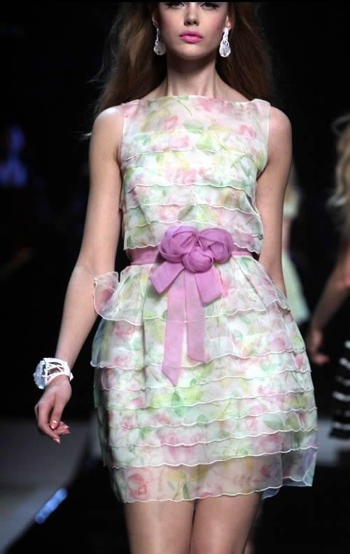 Вечерние платья из шифона от Christian Dior невероятно красивые...
