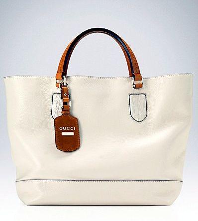 Белые кожаные сумки - это просто великолепие.  Мягкие формы со стильными...